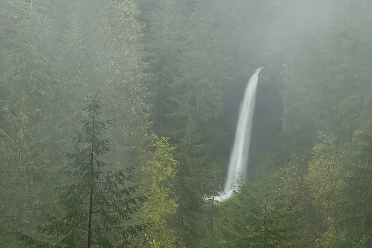 Oregon mystery falls SLIDESHOW